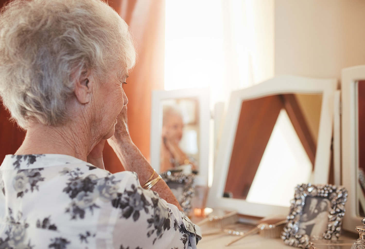 Home for the Holidays? How to Check on Older Parents
